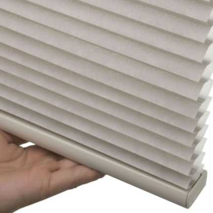 "1/2"" Single Cell (Good Housekeeping) Designer Signature Light Filtering Honeycomb Shades 4343"