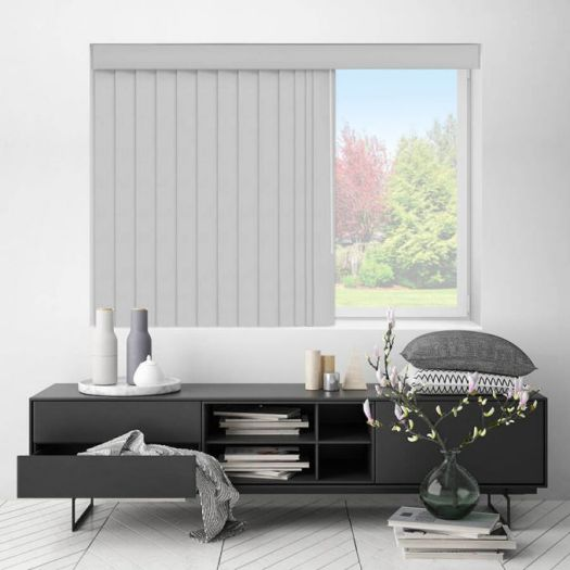 Smooth Vertical Blinds 6447