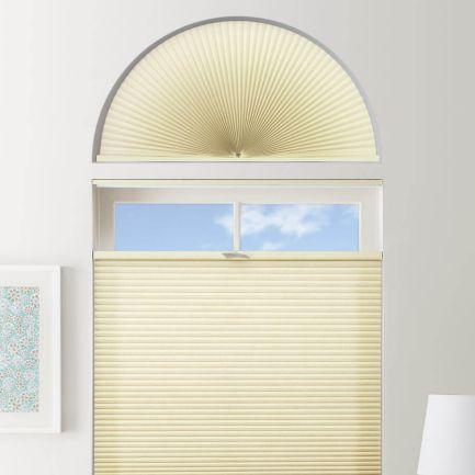 Stores cellulaires filtres de lumière à cellule double pour fenêtres en arche