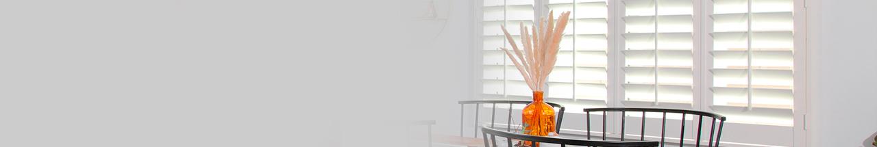 Achetez des persiennes sur mesure qui s'adapteront parfaitement à votre fenêtre